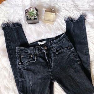 Zara Mid Rise Black Denim Skinny Jeans